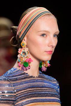 Fun earrings at the Naeem Khan runway show at New York Spring 2016 (Details)