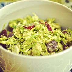 {le} Internet Cooking Princess: Brussels Sprouts Slaw with Grapes, Avocado, and Vanilla-Mustard Vinaigrette