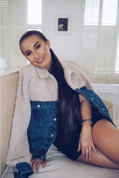 Order the Dani Dyer Blue Denim Teddy Fur Oversized Jacket from In The Style. Fur Oversize, Oversized Jacket, Festival Outfits, Blue Denim, Supermodels, Fashion Forward, Autumn Fashion, High Neck Dress, Fashion Outfits