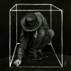 В кубе.   © J O H N • D Y K S T R A