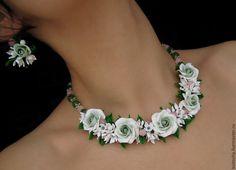 """Купить """"Свежесть"""" комплект украшений колье серьги с цветами розами свадебное - комплект украшений"""