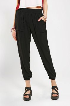 Silence + Noise Pull-On Track Pant #urbanoutfitters NEED THE PANTS [SOO FUCKING CUTE]!!!