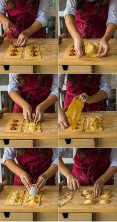 Cómo hacer raviolis o ravioles caseros paso a paso - Pratik Hızlı ve Kolay Yemek Tarifleri Pasta Fresca Rellena, Gnocchi Pasta, Pasta Casera, Homemade Ravioli, Salty Foods, Western Food, Fresh Pasta, Pasta Noodles, Pasta Bake