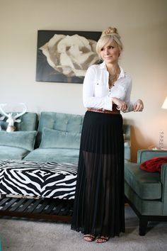 Maxi skirt done well PLUS mixing black and brown.
