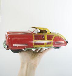 Vintage metal toy car/ Wyandotte toy car/  WY- 650/ Convertible car toy/ 1940s toy car/ rusteam.  Etsy.
