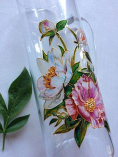 Pam MacCoy's media content and analytics Painting Glass Jars, Painted Glass Bottles, Glass Painting Designs, Bottle Painting, Ceramic Painting, Bottle Art, Making Stained Glass, Faux Stained Glass, Stained Glass Projects