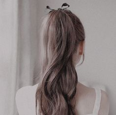 Classy ponytail updo-- sometimes simplicity is all you need! Hair Inspo, Hair Inspiration, Caroline Forbes, Aesthetic Hair, Jolie Photo, Grunge Hair, Madame, Pretty Hairstyles, Hair Looks