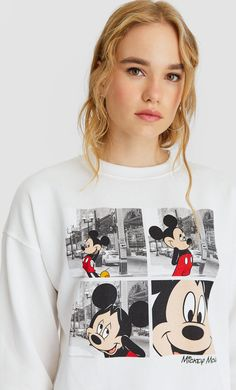 Mickey Mouse print hoodie in Stradivarius for only £ available for a limited time. Sweatshirts for women always on trend, come in and find out now! Disney Shirts, Disney Outfits, Sweat Mickey, Mode Shop, Hoodies, Sweatshirts, White Women, Girl Fashion, Cool Outfits