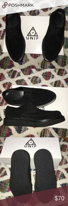"""UNIF """"THE DESMONDS"""" BLACK SUEDE CREEPERS W 8.5 M 7 NEW UNIF """"THE DESMONDS"""" BLACK SUEDE CREEPERS UNISEX WOMEN'S 8.5US and MEN'S 7 ⚠️THESE SHOES RUN A 1/2 SIZE SMALL⚠️   Premium suede low-top unisex creepers with 1"""" flatform crepe sole, waxed cord laces, and a white stripe detail on back of heel. Upper shoes & Lining is 100% leather. UNIF Shoes"""