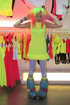 neon hair raver girl