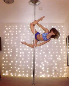 Since you asked, here's the entrance to that move from 3 posts ago. Inspired by @amyhazel92's #pdmylittlepony move. I can't bend like that in real life, so this is the baby version Outfit love: @dragonflybrand Song: Easier - @Mansionair ••• #polefitness #aerialist #dragonflybrand #xpoleus #unitedbypole #hurtssogood #babysteps #practicemakesprogress