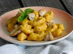 Flavours of Amellia: Ricottovo-dýňové noky s kuřecím masem Ricotta, Bon Appetit, Cauliflower, Food And Drink, Chicken, Meat, Fruit, Vegetables, Cauliflowers