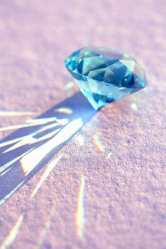 Blue Crystal Glass Diamond ブルークリスタルガラスダイヤモンド
