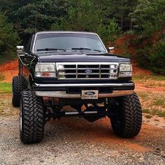 Old Ford Trucks, Old Pickup Trucks, Lifted Ford Trucks, Diesel Trucks, Ford Excursion, Cool Trucks, Big Trucks, Chevy, Ford Obs