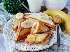 Ala piecze i gotuje: Tosty z masłem orzechowym i bananami