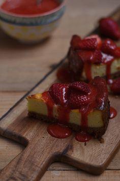 Ananás e Hortelã: Cheesecake de Forno com Morangos