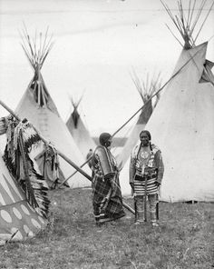 Wolf Plume and his wife, Siksika, 1909. Too bad her name was not included as well