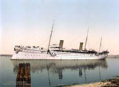 Hohenzollern, leaving the harbor, Venice, Italy-LCCN2001701060.jpg
