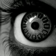 Funny pictures about Clock contact lenses. Oh, and cool pics about Clock contact lenses. Also, Clock contact lenses. Cool Contacts, Colored Contacts, Eye Contacts, Foto Flash, Poesia Visual, Foto Art, Eye Art, Photo Manipulation, Cool Eyes