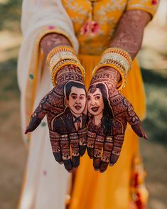 Aren't these your mehndi goals too.⠀⠀⠀⠀⠀⠀⠀⠀ TAG the bride to be that needs to see this! Best Mehndi Designs, Bridal Mehndi Designs, Simple Mehndi Designs, Wedding Mehndi, Bridal Henna, Full Hand Mehndi, Mughal Paintings, Wedding Stills, Mehendi Outfits