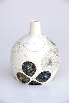 Australian Ceramics Triennale: Meet the Speakers- Tania Rollond