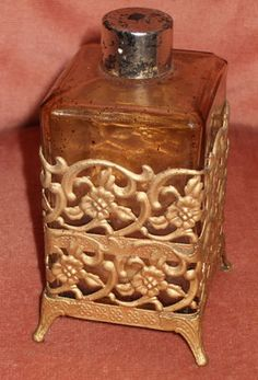 Glass Crystal Perfume Scent Footed Bottle in Gold Case