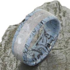 Mens Mokume Ring with Meteorite Inlay and Mokume edges and sleeve. I am really proud to present you my latest design with this men's mokume gane and Gibe. Meteorite Wedding Band, Meteorite Ring, Wooden Jewelry, Custom Jewelry, Rolling Ring, Raw Gemstone Jewelry, Black Wedding Rings, Ring Set, Turquoise Rings