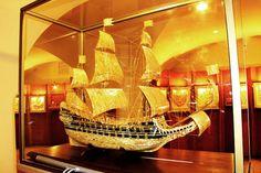 Макет Шведского парусника ,,Васа,, утонувшего в день спуска на воду, музей янтаря