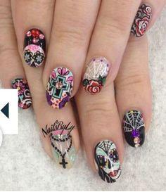 dua de los muertos nails