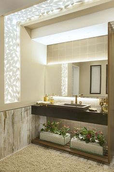 If you have a small bathroom in your home, don't be confuse to change to make it look larger. Not only small bathroom, but also the largest bathrooms have their problems and design flaws. Modern Bathroom Design, Simple Bathroom, Bathroom Interior, Master Bathroom, Bathroom Marble, Bathroom Pink, Bathroom Cabinets, 1950s Bathroom, Bathroom Tubs