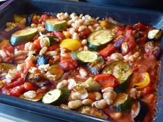 Roasted Veg! – Green Lentil Green Lentils, Suppers, Kung Pao Chicken, Pasta Salad, Roast, Yummy Food, Healthy Recipes, Simple, Ethnic Recipes