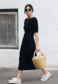 20 Simple Summer Outfits For The Minimal Girl - Damen Mode 2019 Look Fashion, Fashion Clothes, Fashion Outfits, Womens Fashion, Fashion Trends, Trendy Fashion, Fashion Ideas, Fashion Patterns, 2000s Fashion