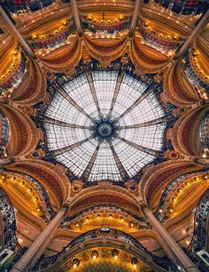 Galeries Lafayette... The most beautiful shopping mall in the world. Paris.