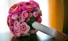 Gorgeously Unique Wedding Bouquets - MODwedding