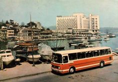 Tarabya / 1972 Old Pictures, Old Photos, Vintage Photos, Mercedes Bus, Istanbul Pictures, Volkswagen, Historical Pictures, Past, History