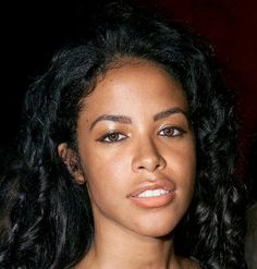 Rip Aaliyah, Aaliyah Style, Black Celebrities, Celebs, Aaliyah Pictures, Hip Hop, Aaliyah Haughton, I Miss Her, Makeup Inspo