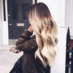 Hair hair styles hair color hair cuts hair color ideas for brunettes hair color ideas Hair Blond, Bad Hair, Messy Hairstyles, Pretty Hairstyles, Popular Hairstyles, Clavicut, Balayage Blond, Blonde Ombre, Ombre Highlights