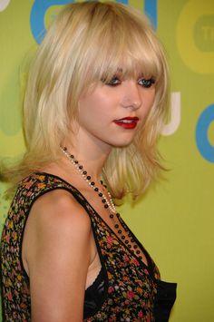 Taylor Momsen Medium Hair
