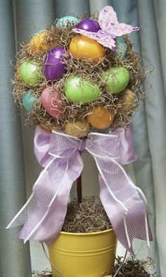 Love, Laughter & Decor: *New Post* Easy, Easter Egg Topiary Easter Candy, Easter Eggs, Spring Crafts, Holiday Crafts, Easter Crafts, Easter Decor, Easter Wreaths, Egg Hunt, Diy Tutorial