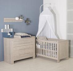 Bebies First Babykamer Nevada Ikea Ivar Cabinet, Girls Bedroom, Bedroom Decor, Shared Boys Rooms, Star Nursery, Nursery Wallpaper, Room Interior Design, Baby Boy Nurseries, Boy Room