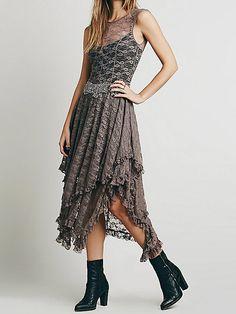 Coffee Irregular Hemline Backless Maxi Lace Dresses