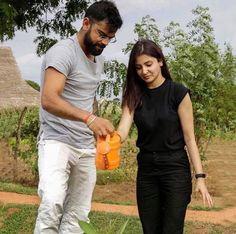 Anushka Sharma and Virat Kohli setting couple goals