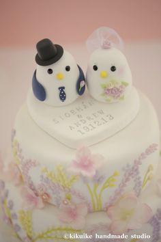 Voici topper de gâteau de mariage amour anges. ^ ^    Ils sont vos anges amour! ^ ^ et gardera toujours le œil sur vous. ~ ^. ^ ~ Cette liste est pour