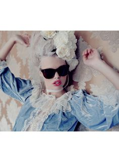 WILDFOX SUN | Fit for a Queen