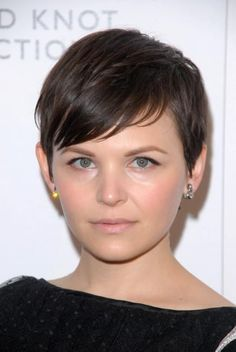 Sexy Short Hairstyles: The Best Short Haircuts for 2014  Celebrity Short Haircuts Classic Hairstyles, Short Bob Hairstyles, Cool Haircuts, Easy Hairstyles, Girl Hairstyles, Teenage Hairstyles, Haircut Short, Hairstyles Videos, School Hairstyles