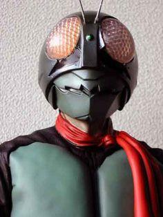 海洋堂仮面ライダー1号を作る Japanese Superheroes, Kamen Rider, Geek Stuff, Batman, Characters, Dark, Model, Figurines