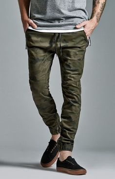 Bullhead Denim Co. Bullhead Denim Co. Camo Zip Slouched Skinny Jogger Pants