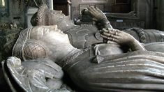 Effigy of Benedicta de Ludlow (foreground), Sir Richard's wife. St Bartholomew's church, Tong, Shropshire. Vernon, St Bartholomew Church, Plantagenet, Ghost Busters, St Barts, My Ancestors, Effigy, Derbyshire, Lion Sculpture
