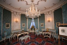 hofburg palace - Google Search Imperial Palace, Royal Palace, Innsbruck, French Apartment, Palace Interior, Palace Of Versailles, Rococo Style, Ancient Architecture, Vienna