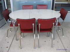 VINTAGE MID-CENTURY MODERN ART DECO CHROME FORMICA TABLE w/6 CHAIRS & LEAF